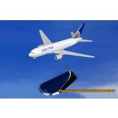 Dragon Models 1:400 GeminiJets Gemini Jets GJUAL1137 Boeing 767-200 Diecast Model United Airlines, N76151