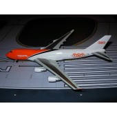"Dragon Wings 1/400 Boeing 747-400F TNT ""Sure We Can"""